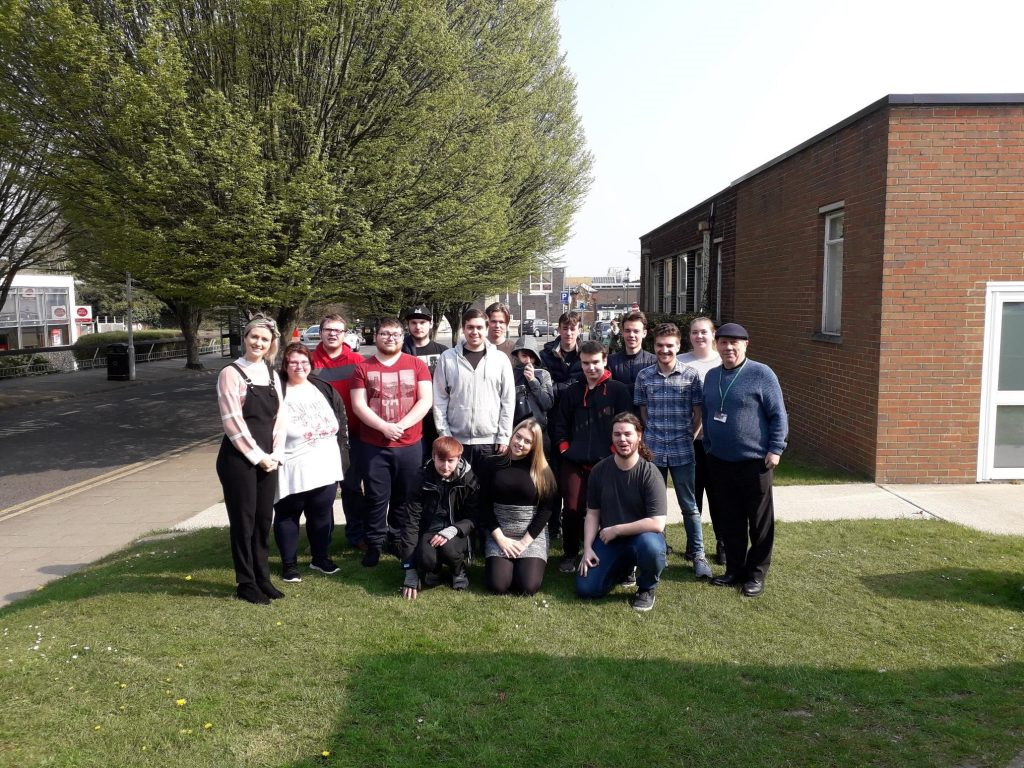 group of sittingbourne young people on Prince's Trust team programme